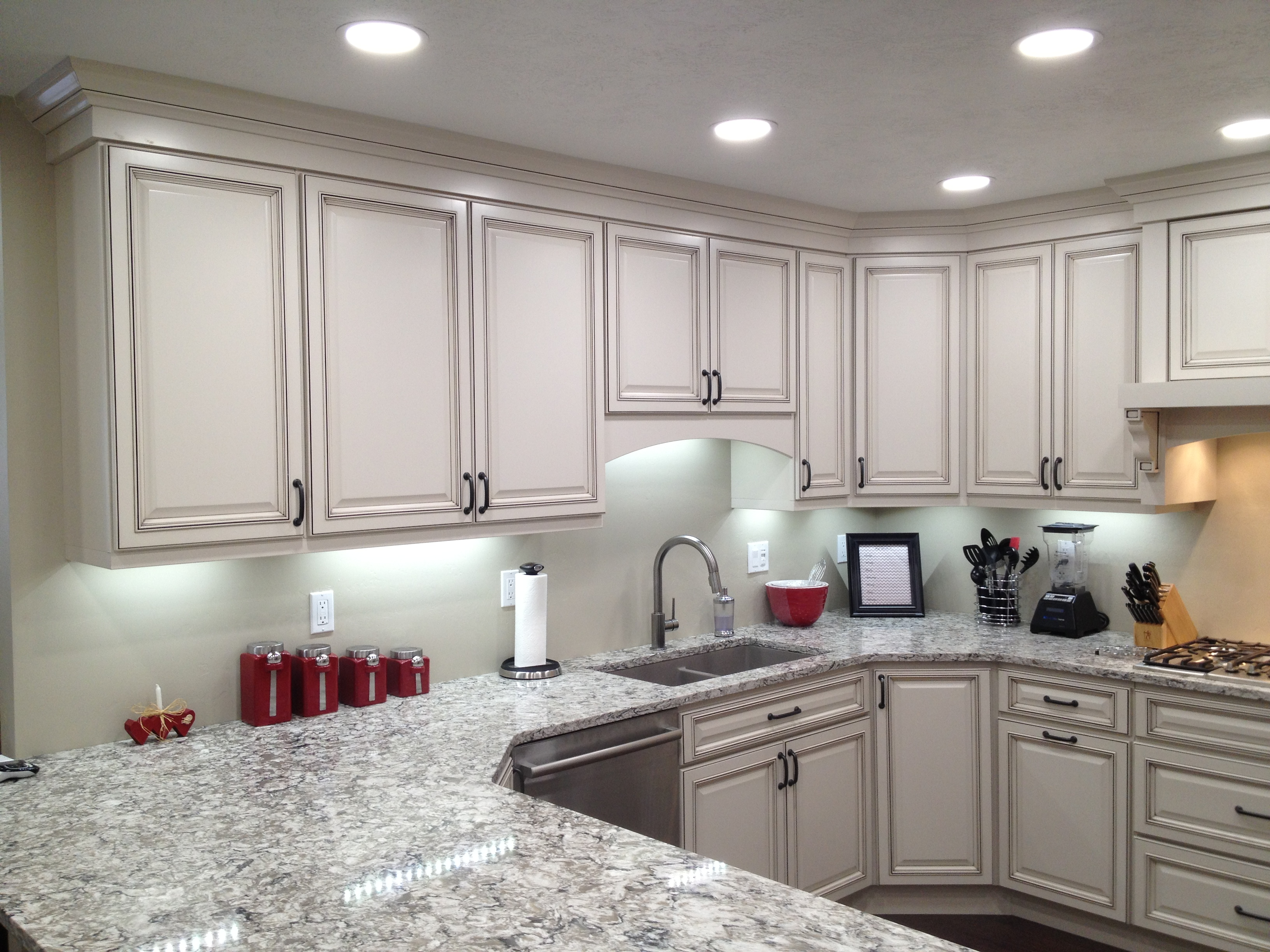 Wireless LED Under Cabinet Lighting