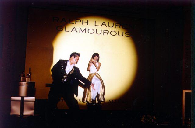 glamourous--levitation