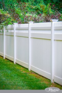 Who Makes the Best White Vinyl Fence? - Illusions Vinyl Fence