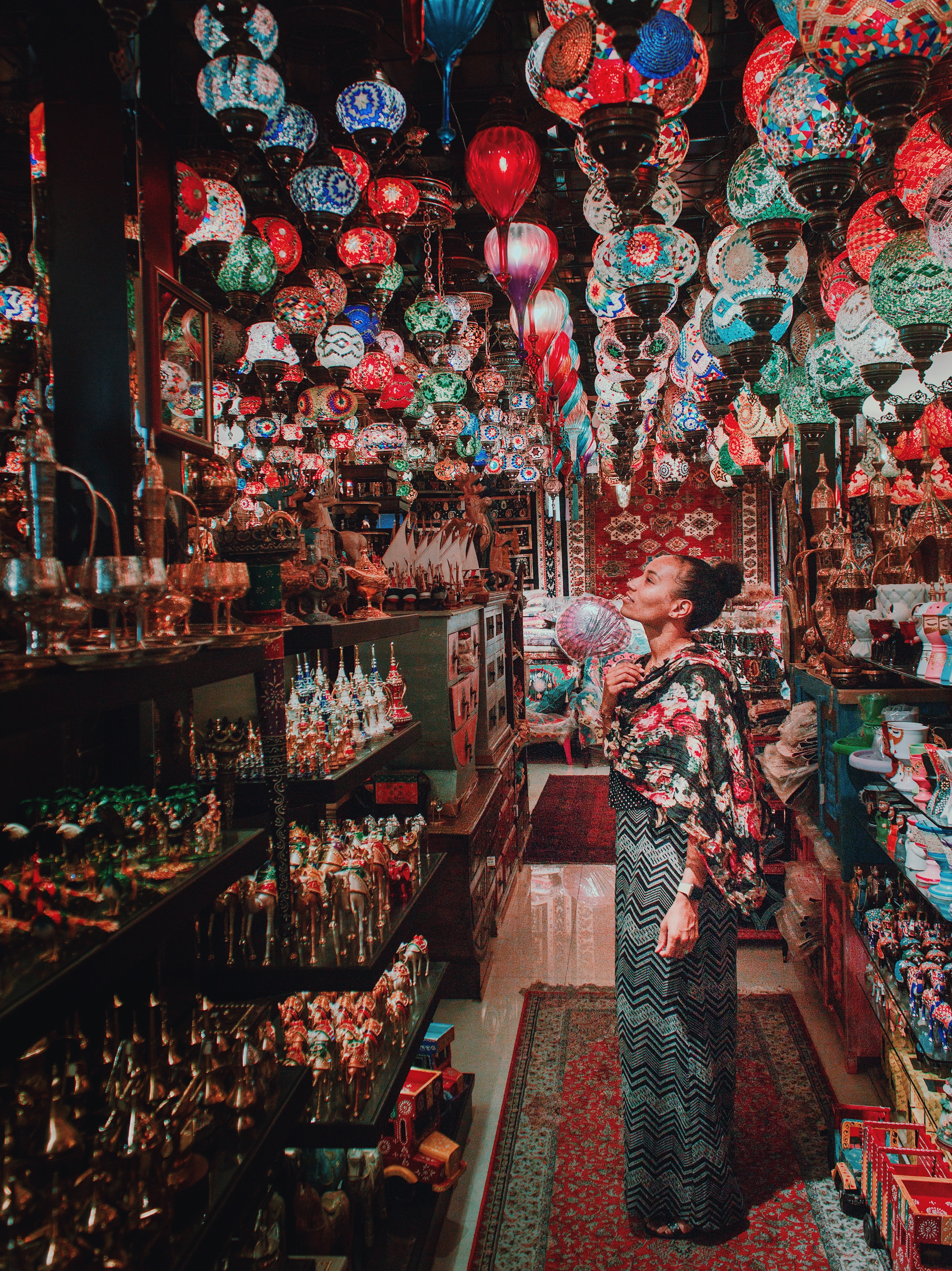 Illustrated by Sade - Arabic, Persian, Middle-eastern lanterns hanging inside a souq shop