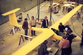 PIK 20 -prototyyppi OH-425 (OH-425X) koottavana. Tehopurjekone lensi ensilentonsa vuonna 1973. Kuva: Eiri Aviation
