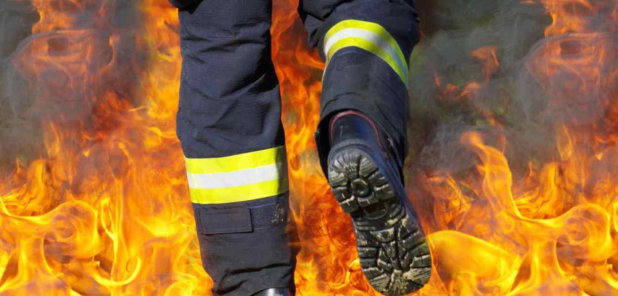 fire, fireman, to walk