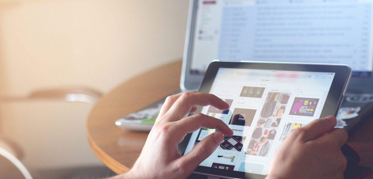 hands, ipad, tablet
