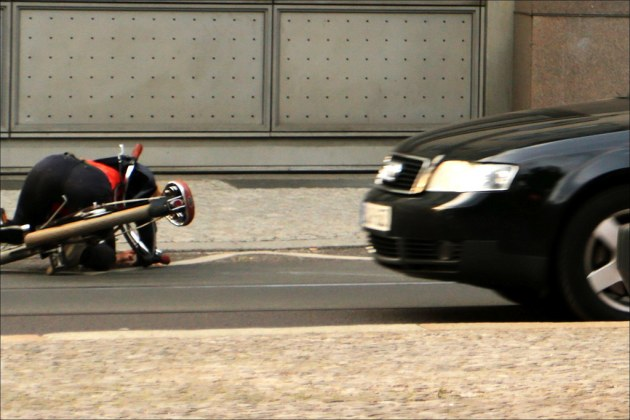 bike accident in Berlin photo