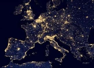 """La """"fiera della luce"""": risparmio e sprechi all'interno del continente europeo"""