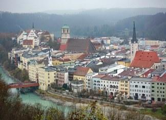 Coronavirus, circondario bavarese lancia certificato di vaccinazione elettronico