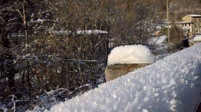 Neve ghiacciata dal vento