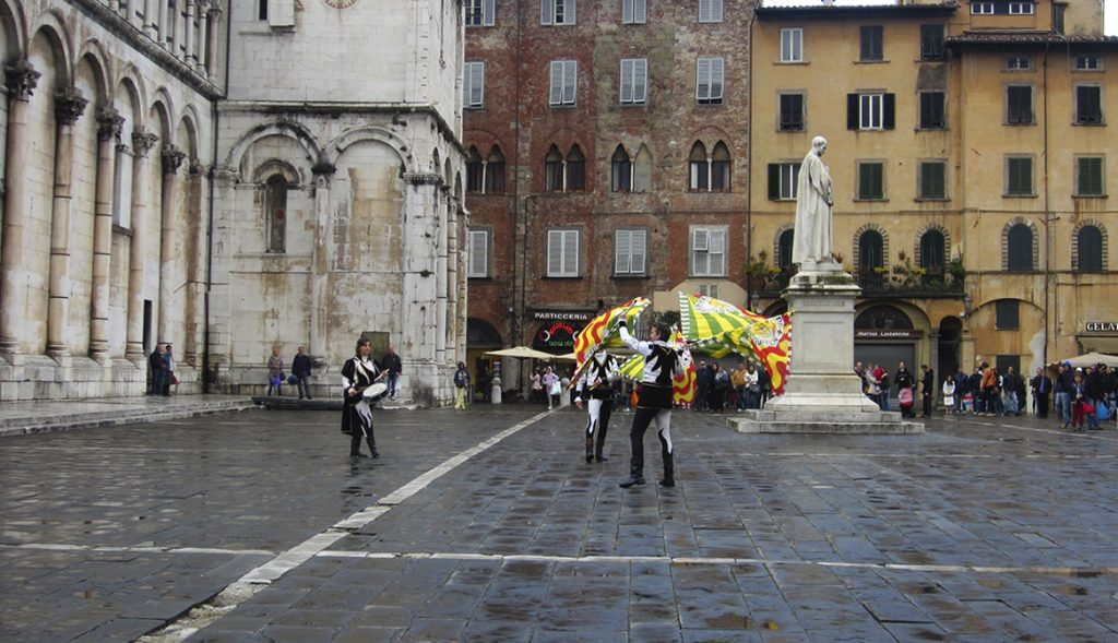 lucca in un weekend cosa vedere in centro storico