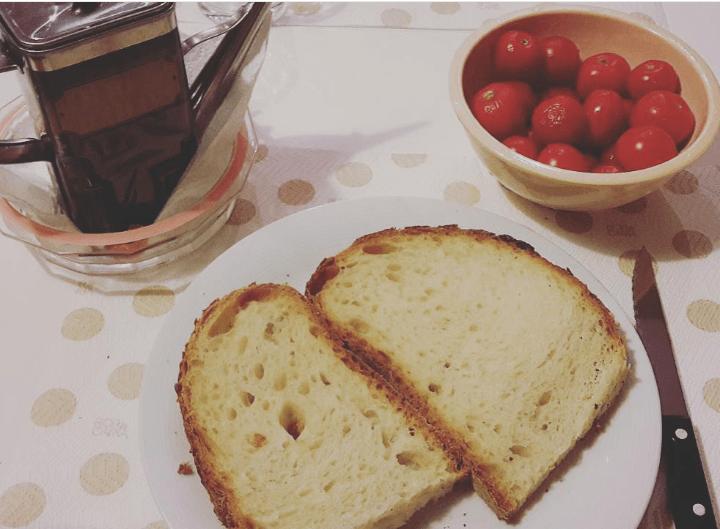 """Specialità pugliese: """"Pane e pomodoro"""""""