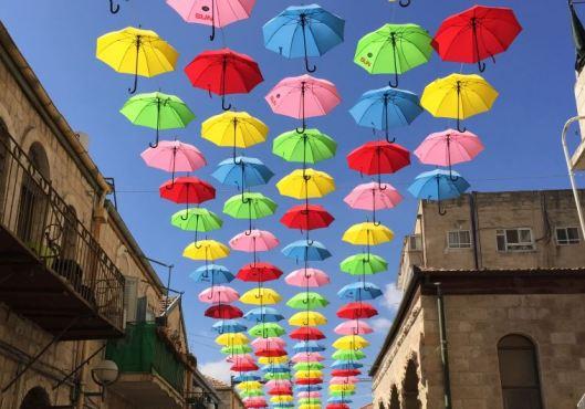 ombrelli colorati gerusalemme