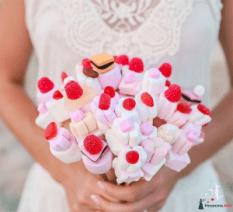 Un-Giorno-Un-Sogno_organizzazione-matrimoni-in-tutta-a-Torino_wedding-planner-Torino_Bouquet_11-300x273