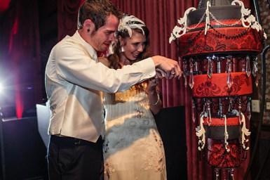 hanging-wedding-cake7