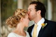 La-treccia-è-una-delle-tendenze-più-in-voga-per-lacconciatura-delle-spose-Foto-www.matrimonio.pourfemme.it_1