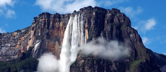 Air Terjun Tertinggi di Dunia (Angel Falls)