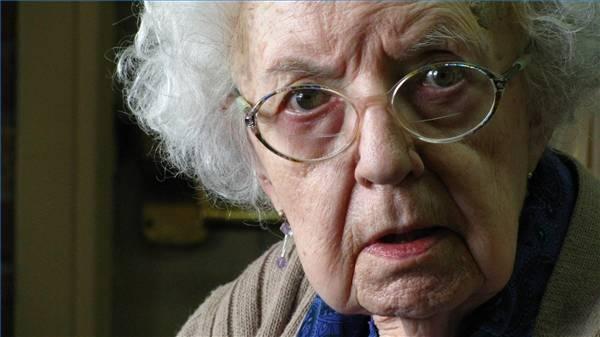 care-elderly-woman-800x800.jpg