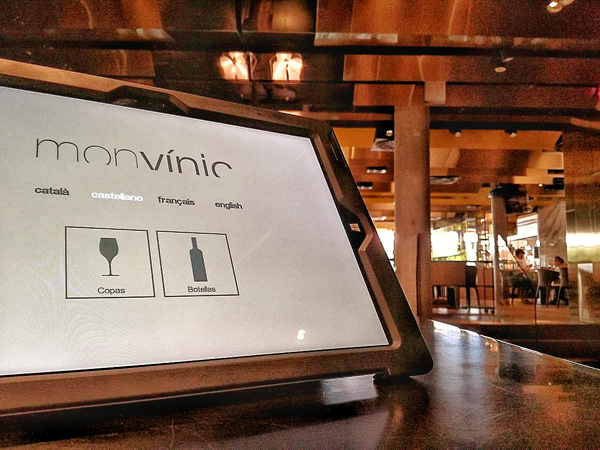 MONVÍNIC, LUXURY WINE BAR A BARCELLONA