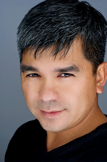 Headshot of allan mendez photographer and videographer