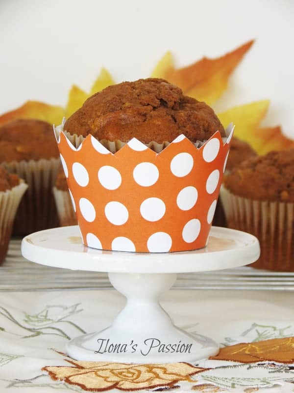 Cinnamon-Pumpkin-Apple-Muffins