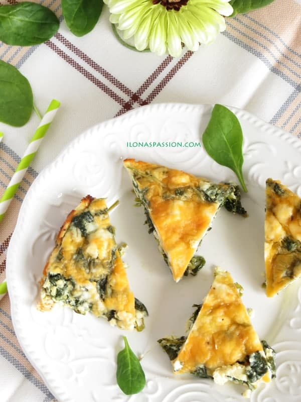 Healthy Spinach Feta Quiche by ilonaspassion.com
