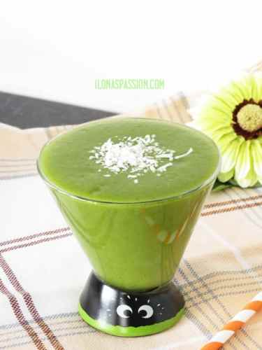 The BEST Green Smoothie by ilonaspassion.com