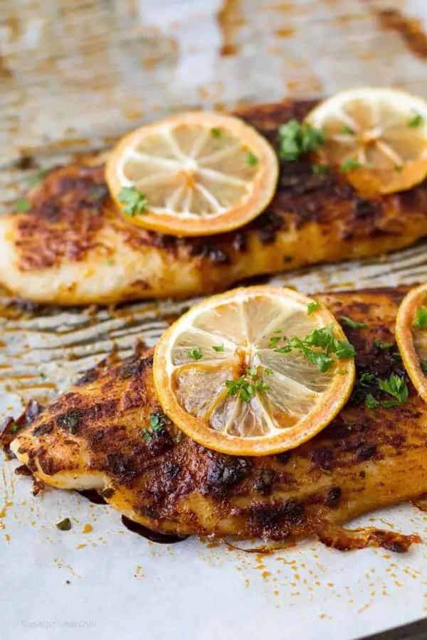 baked basa fish fillet with lemon juice and sweet paprika by ilonaspassion.com I @ilonaspassion