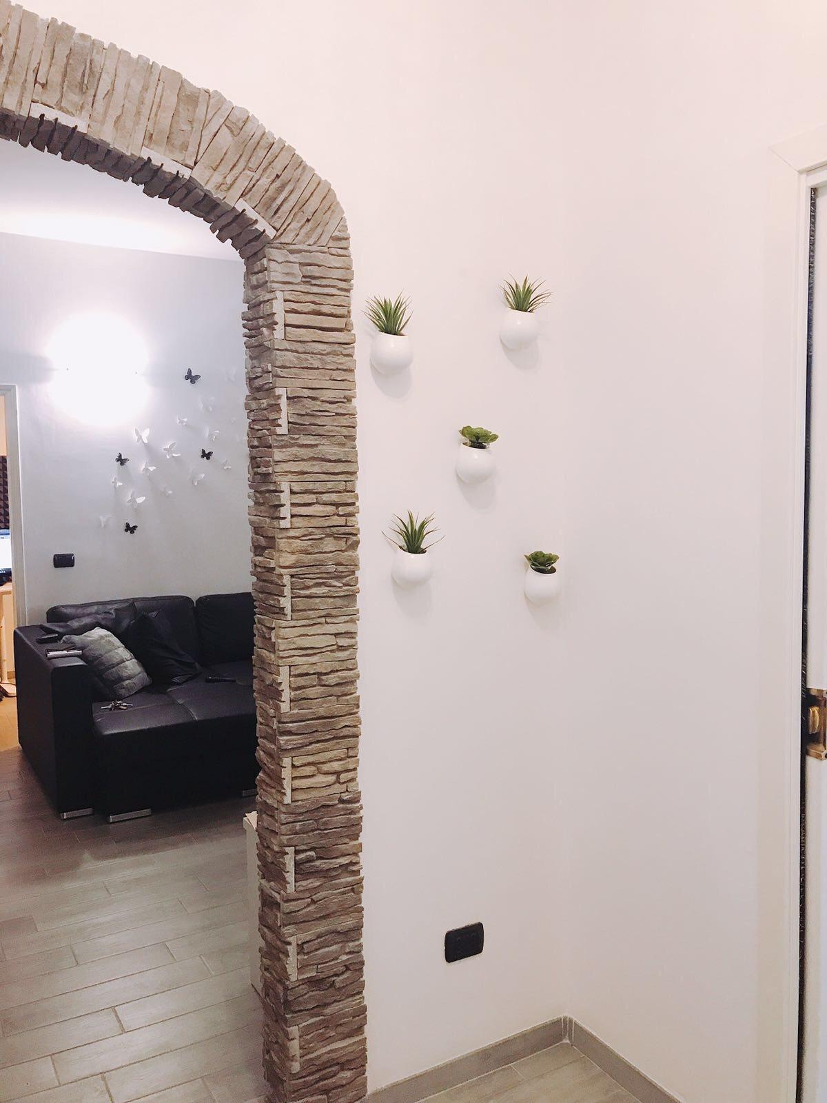 Vasi da appendere con piante in casa idee per arredare