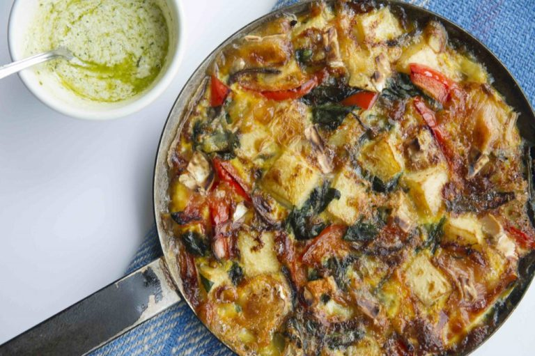 Red Pepper, Spinach & Brie Frittata, Delalicious, I Love Cooking Recipes, I Love Cooking Ireland, Vegetarian Recipes, Egg recipes,