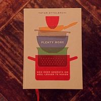 Detox boek recensie Yotam Ottolenghi, PLent more. Detoxcoach Nico van Rossum neemt je mee in de boek review van een bijzonder vegetarisch boekwerk.