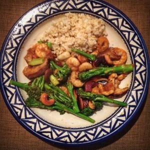 Detox voor Aziatisch hoofdgerecht: Ronde rijst, garnalen met bimi en shiitake. Lekker, voedzaam en ideaal voor afvallen of in een detox kuur