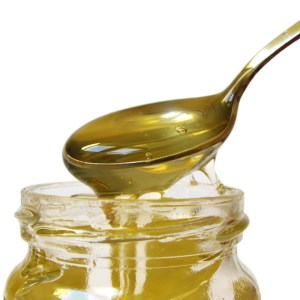 Wat is het verschil tussen normalen honing en rauwe honing? Lees hier over de verschillen in voedingsstoffen van verschillende soorten honing.