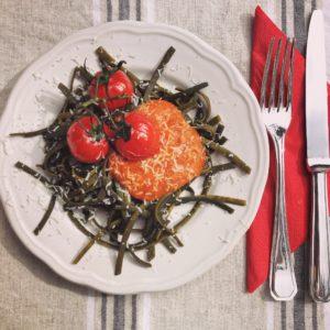 I sea pasta Tagliatelle, een nieuwe gezonde trend! I Love Detox recept: Zeewierpasta met eigengemaakte tomatensaus