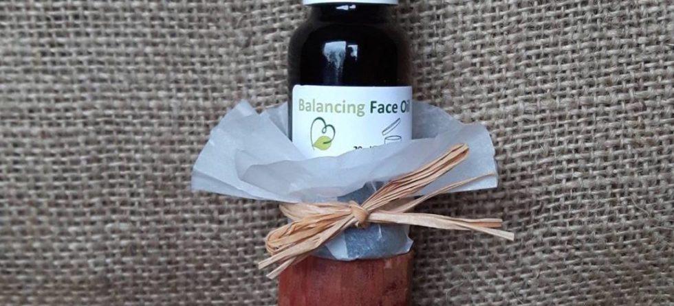 Gezichtsverzorging zonder toegevoegde chemische troep? Probeer deze pure gezichtsolie van Skinfoods: Balancing face Oil. Detox je huid!