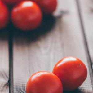 Detox recept: Linzen in tomaten kokosmelk saus met gerookte paprika. Herfst detox recept voor een verwarmde avond maaltijd. Meer info over rdetox kuur thuis? Bel Nico van Rossum, detoxcoach.