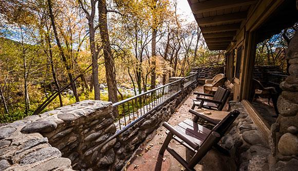 oak-creek-canyon-cottage