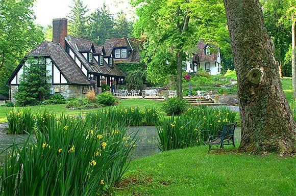 Hillbrook Inn, Charles Town, W. Va.