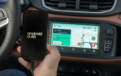 Google libera Waze para  carros com Android Auto.