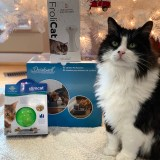 PetSafe Canada's Holiday Cat Prize Bundle Giveaway!