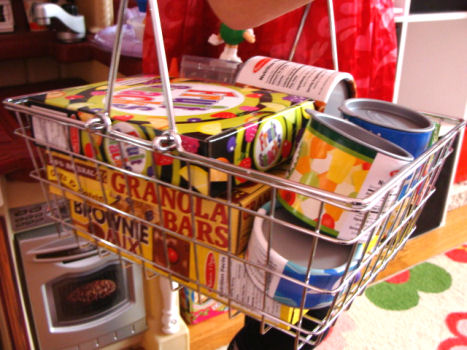 Pretend Grocery Basket with Play Food