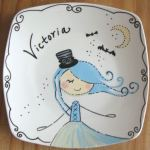 Make your kids happy and smile with Personalized Plate Unexpected gift (Review)