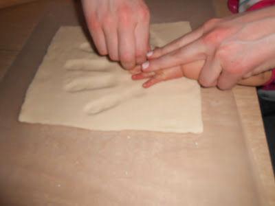 make baby hand print