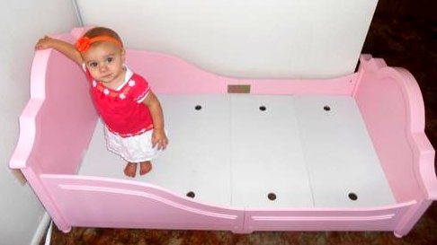 toddler-bed standing
