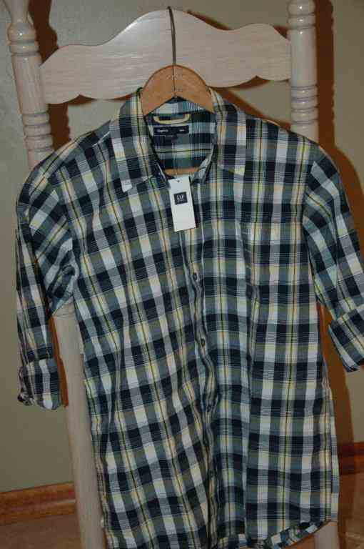 fine cotton button down short sleeved shirt at gap outlet