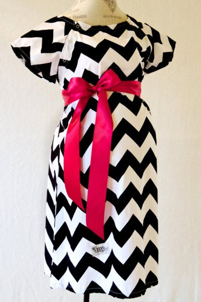 A MUST have in the hospital! Mod Mum Maternity Hospital Gown and Robe {Review and Giveaway!}