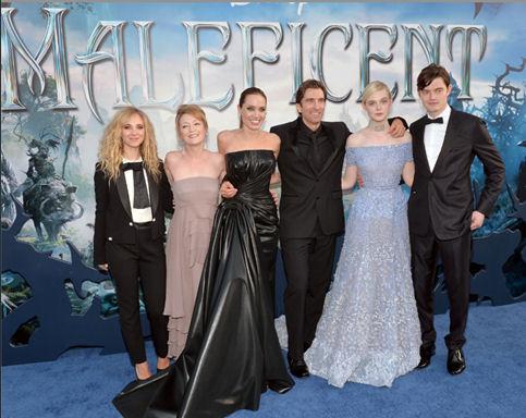 maleficent blue carpet premiere