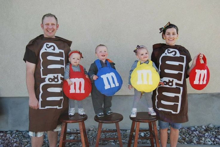 10 fun and do able diy halloween costumes i just love group costumes so this mm one was a must share it would be easy enough to sew yourself or even hot glue well done family of mms solutioingenieria Image collections