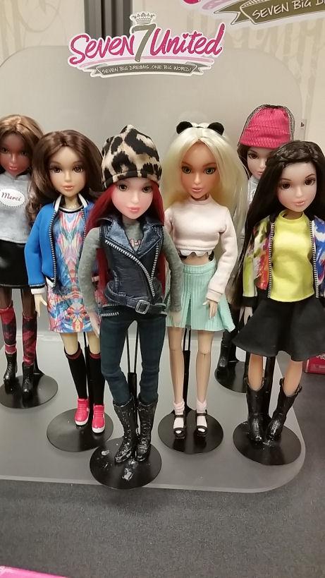 seven united dolls