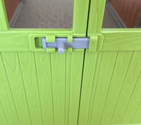 schleich-door-lock