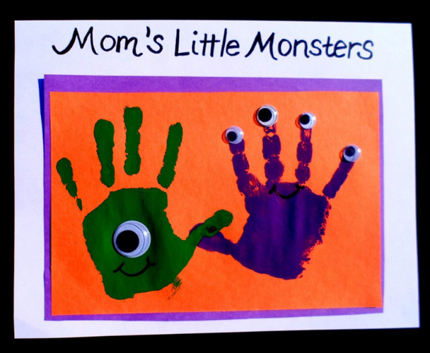 halloween-party-hand-painting