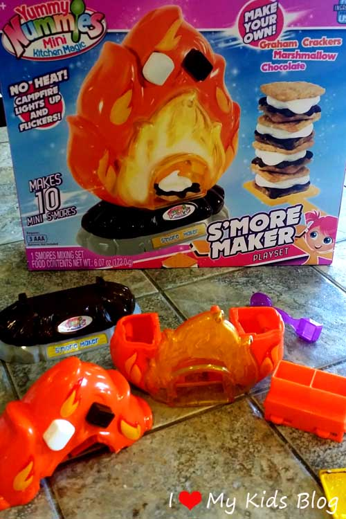 smore-maker-playset-comes-apart-easily-for-cleaning