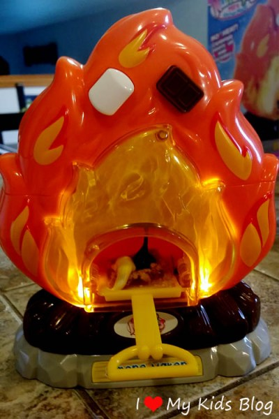 No Heat, No Flame, No Problem with the S'more Maker Playset by Blip Toys